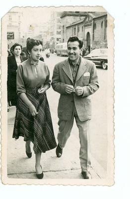 Novios. Carrera séptima. 1954. Propiedad de Gerardo Benítez. Colección Álbum Familiar. MdB-IDPC