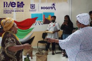 Imagen mujeres bailando - fortalecimiento étnico