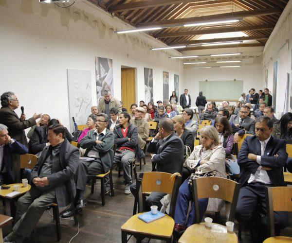 Encuentro con residentes y comerciantes del Centro Histórico. Foto: Hanz Rippe / IDPC