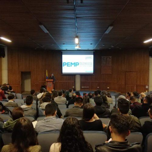 Reto Centro Histórico con docentes y estudiantes universitarios. Foto: Edgar Gutiérrez / IDPC